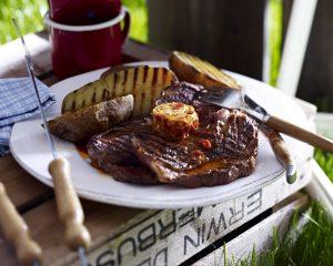 Irish-Coffee-Steaks mit Baked Potatos